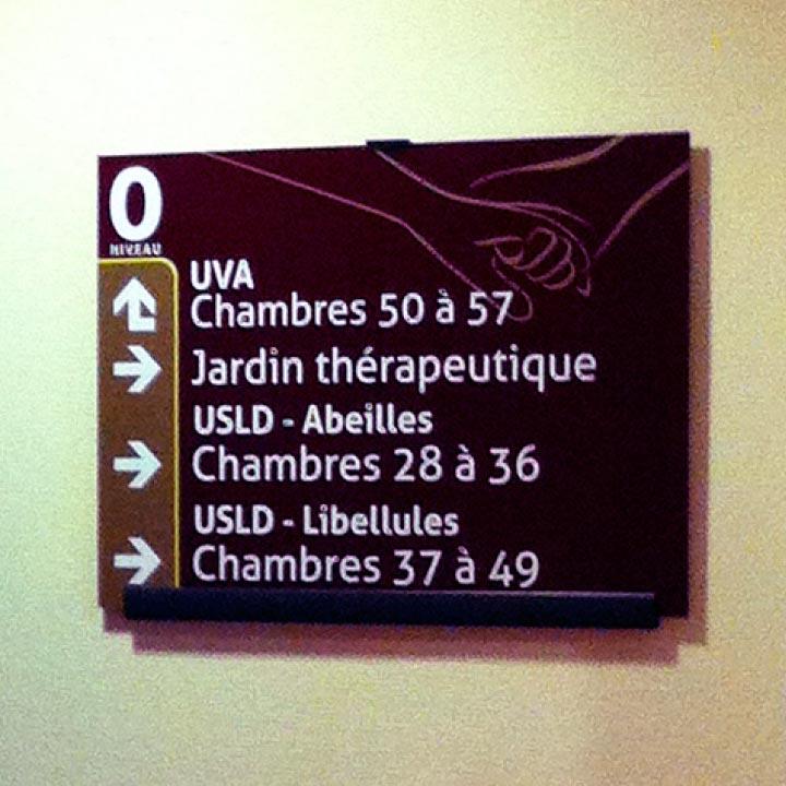 ch-arnay-le-duc_signaletique-21_directionnel-etage