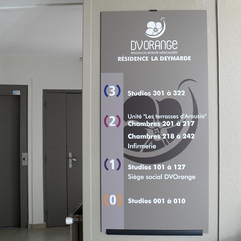 dv_orange_signaletique-84_directionnel-etage