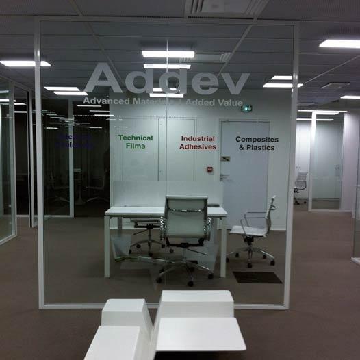 addev_signaletique-69_vitrophanie-informative