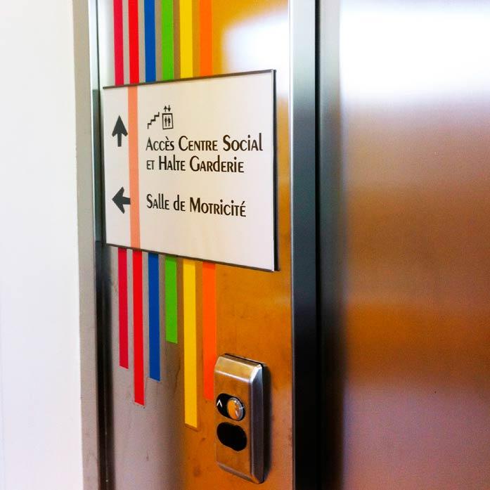 ecole-decines_signaletique-69_directionnel-ascenseur