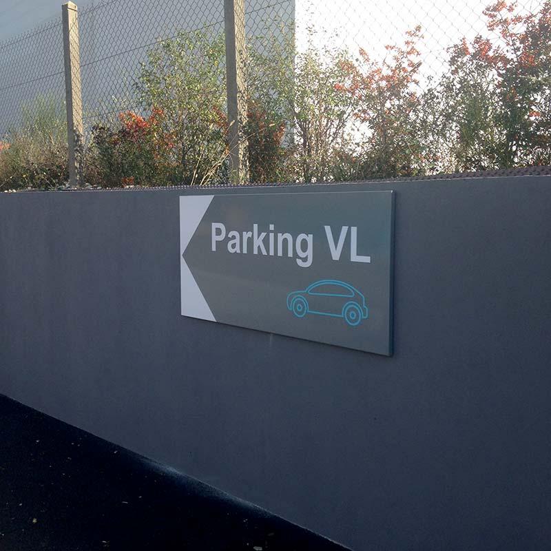 panneau-parking_71_pou-du-ciel